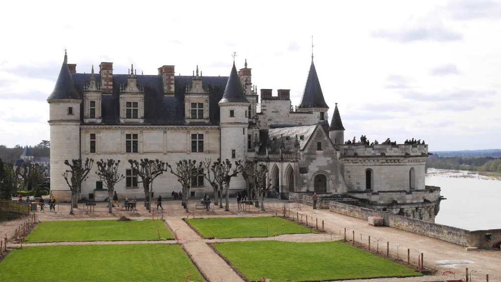 Chateau de Amboise is one of the castles to visit in France