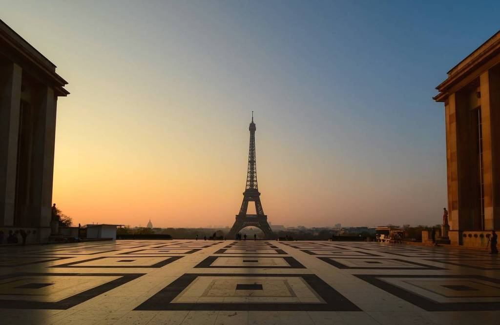 one day tour in Paris what to do
