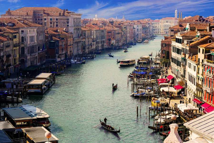Venice is one of the European romantic destinations to visit