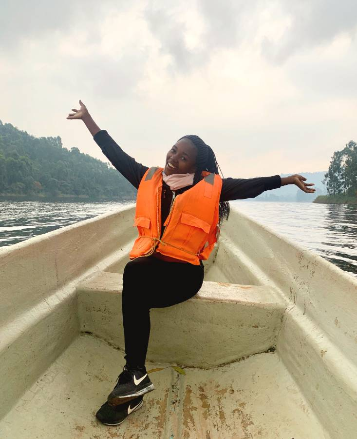cruise on lake bunyonyi