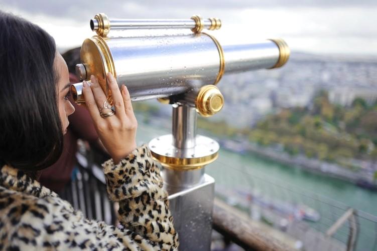 eiffel tower travel tips