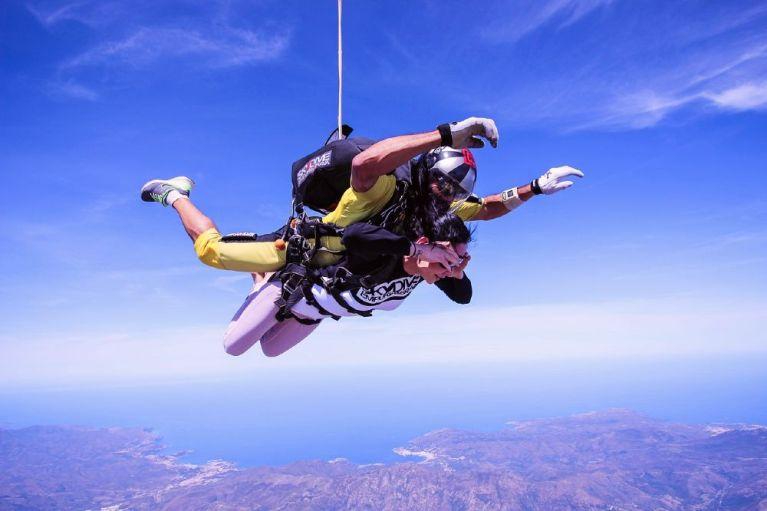 10 Most adventurous and crazy Bucket list ideas for adrenaline junkies