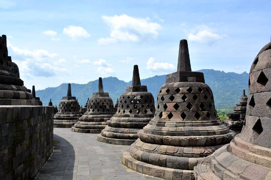 Borobudur in Indonesia is one of the famous Asian monuments