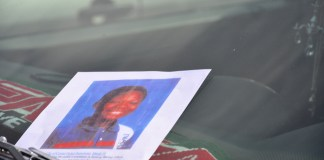 Searching for missing 10 year-old Barway Collins. All photos, Issa Mansaray, The AfricaPaper. (c) 2015.