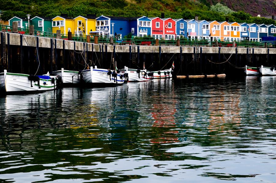 Hummerbuden auf Helgoland - Foto von peTHOmo, gesehen auf Heise Fotos.