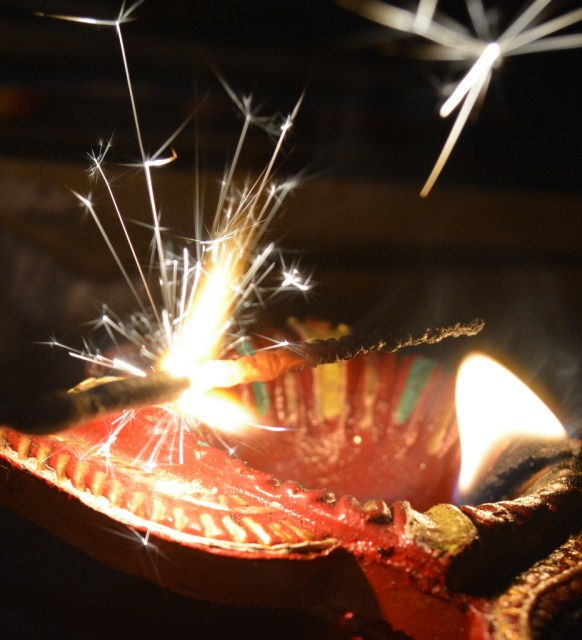 Photo © Jay Thakkar | Diwali celebrations in Ahmedabad