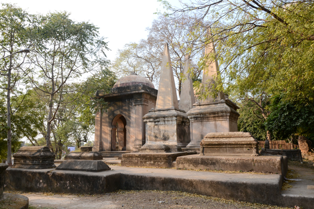 Dutch Tombs in Ahmedabad | Photo  © Hemil Shah