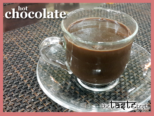 Nini's Kitchen in Ahmedabad: Hot Chocolate