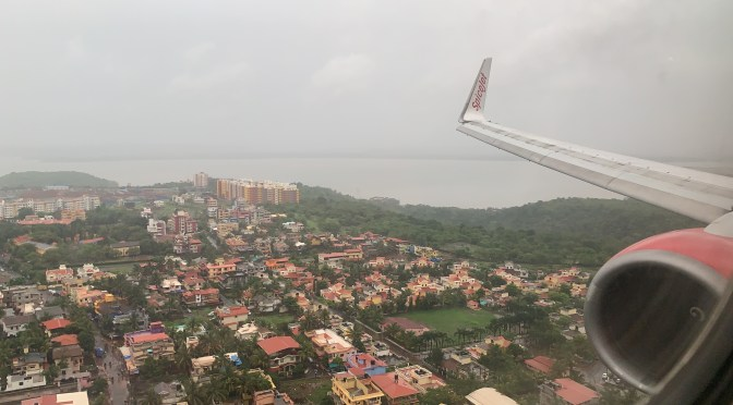 Review: SpiceJet 737-900ER SpiceMax Pune to Goa
