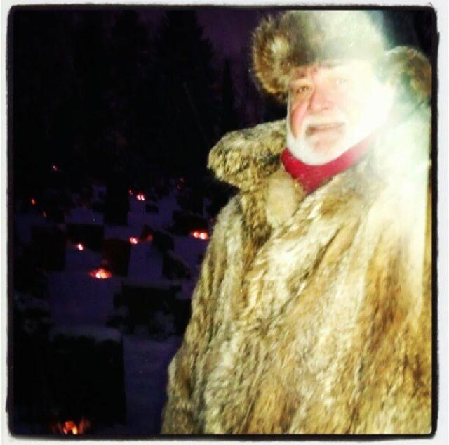 Dette er altså et sjeldent bilde av mannen i pels, foreviget av Nanna.