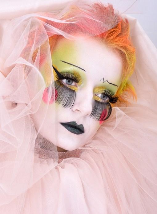 Romantic Blitz Pierrot Halloween makeup look