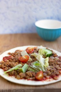 lahmacun or turkish pizza, flatbread