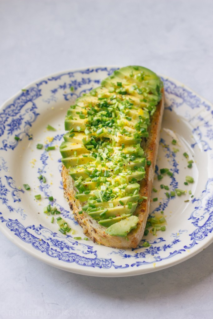 avocado-toast-atelier-september-TLT