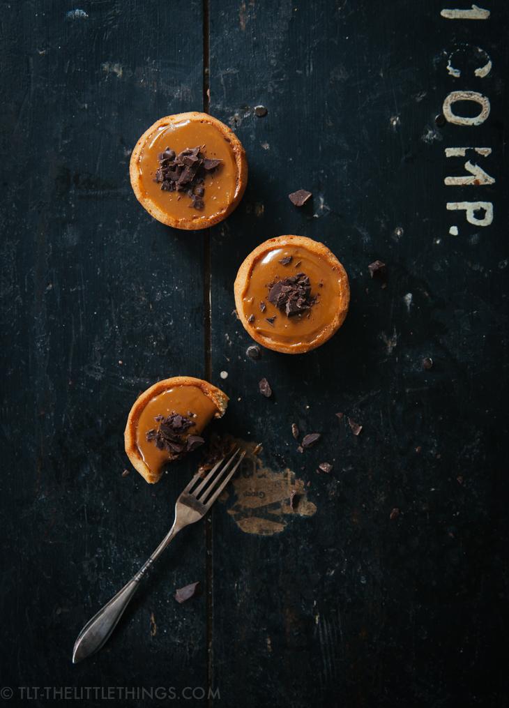 chocolate_salted_dulce_de_leche_tarts_gezouten_taartjes-2