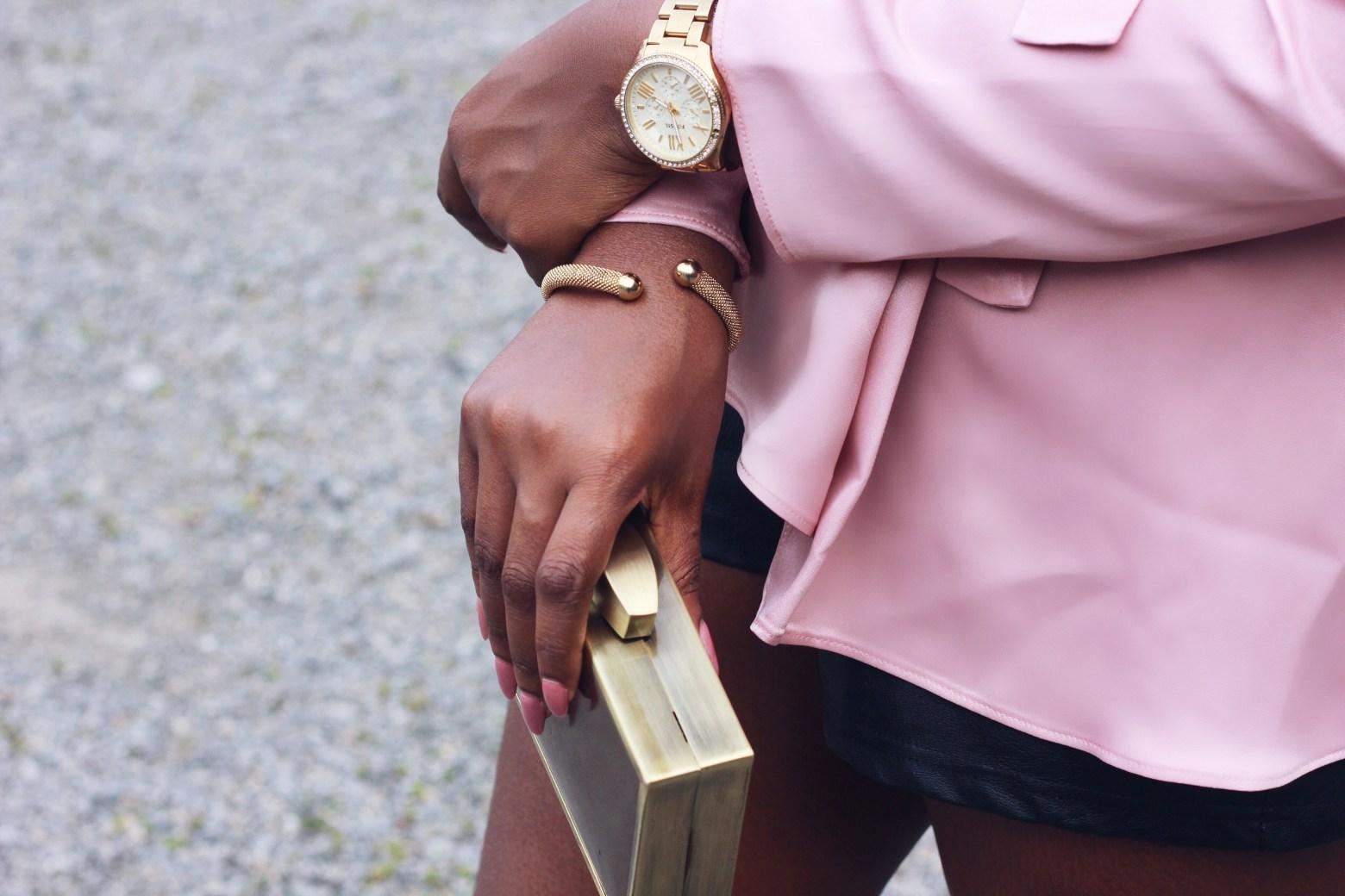 Details | Dealing in colour