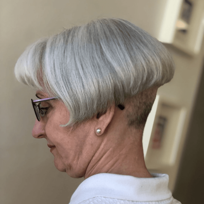 Pageboy cut hairstyle