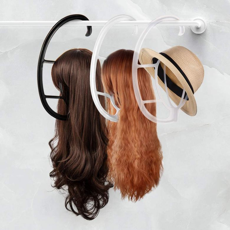 Wig hanger
