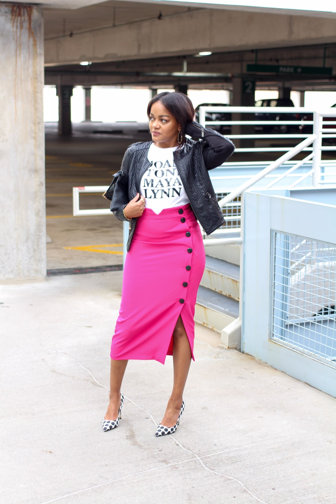 Girlfriends, gold the label, graphic tees, pink pencil skirt, pink midi skirt, fall fashion, how to wear a graphic tee, midi skirt outfit, black fashion blogger, dallas blogger, girlfriends tee