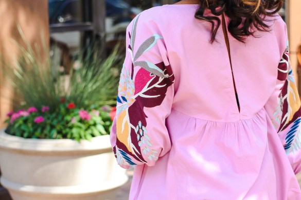 final weeks of pregnancy, free people dress, affordable fashion, affordable free people dress, maternity style, bump style, free people mini obsessions floral sleeve dress, dallas blogger, black fashion blogger, transitional pregnancy outfit ideas, pregnant style inspo, dolce vita mules,
