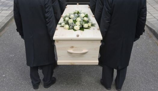 Who chooses not to have a funeral2