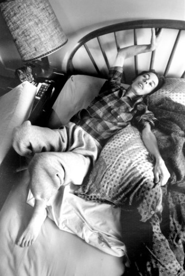 "Renee Sahm, one of five terminally ill people followed by Lonny Shavelson in his 1995 book ""A Chosen Death."""