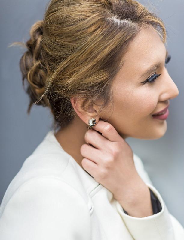 heidi closeup earring