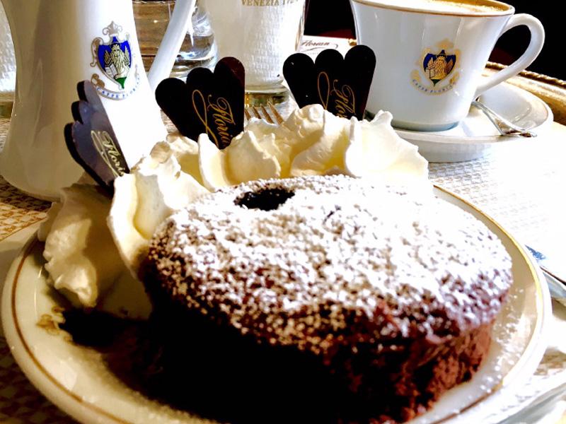 The_Ambitionista_Venice_Italy_Dessert