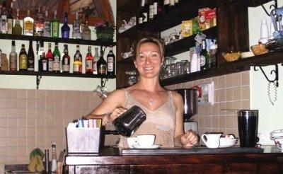 In search of cheap cup of Rome espresso.