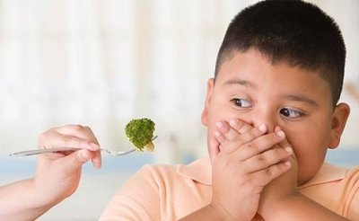 31.6 percent of Italian children are overweight or obese, compared to 35.5 percent of American children.