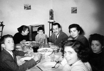 The art of dining with Italians means knowing when to praise, when to withhold praise, and when not to talk about food, which is never.