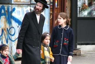The communities are known as Satmar.