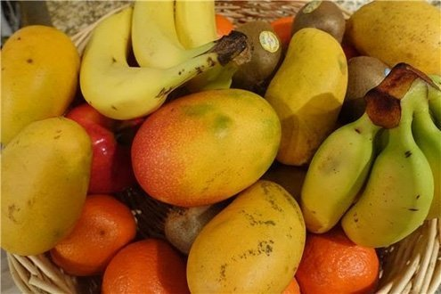 Try a nectarine salad, which you can use with all kinds of fruit.