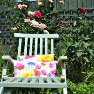 Garden Furniture Makeover : A Teak Steamer Chair