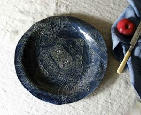 normal_blue-stoneware-handmade-plate