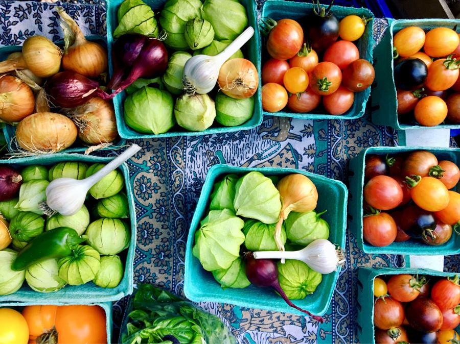 fresh fruit and vegetables shopping
