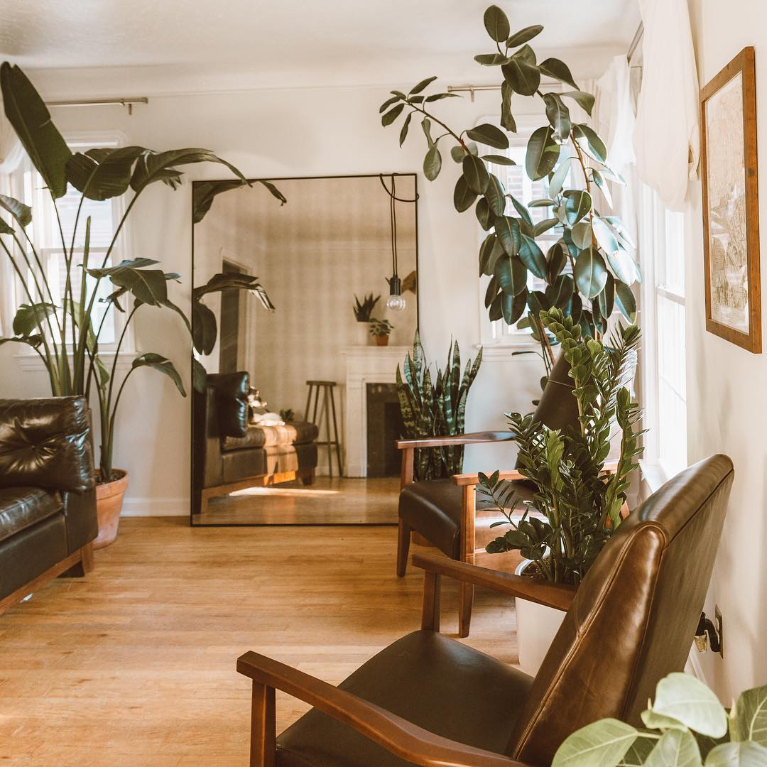 7 Apartment Decorating and Small Living Room Ideas | The ... on Room Decorating Ideas  id=21031