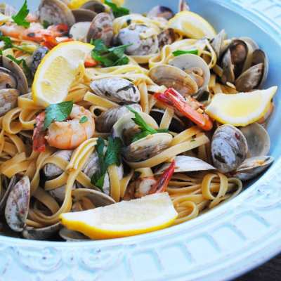 Shrimp & Clam Fettuccine with White Wine Sauce