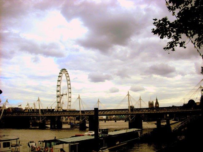 5c726-london2009050