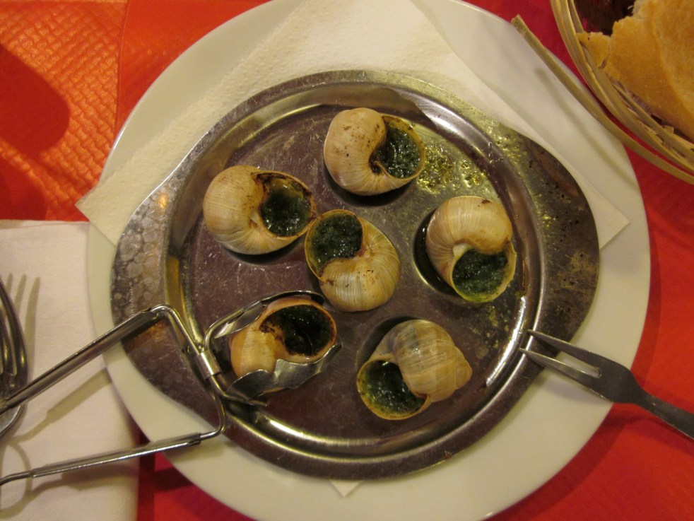 escargot eating in Paris