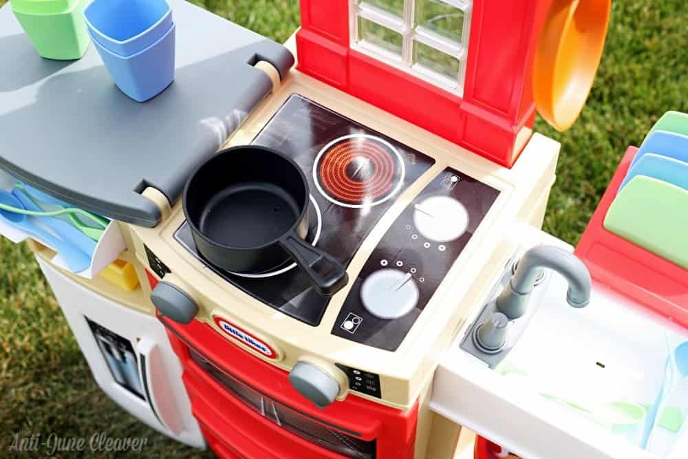 Get Cooking with the Little Tikes Cook'n Store™ Kitchen
