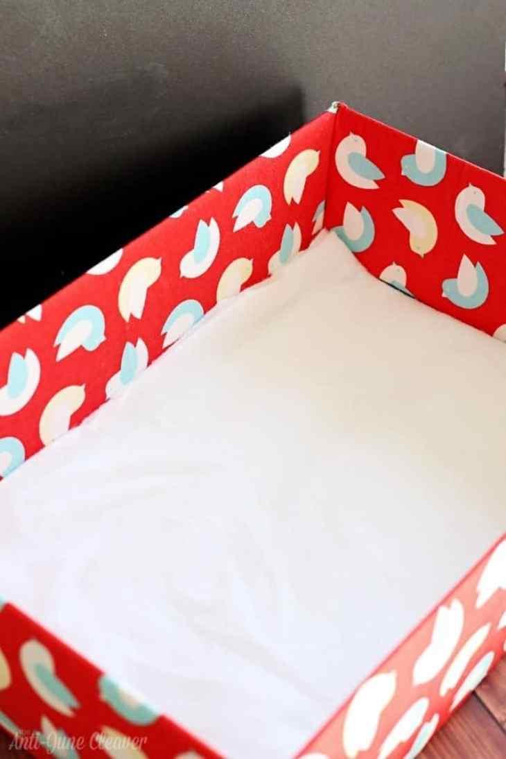 Turn an Ordinary Cardboard Box Into a Stylish DIY Cat Bed #MyCatMyMuse (ad)