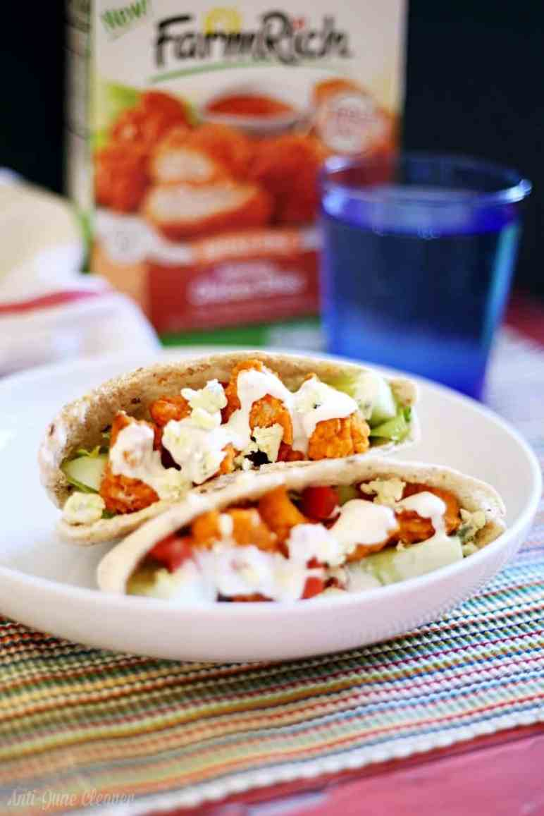 Fast and Easy Buffalo Chicken Pita Sandwich Recipe #MomsWingMan (ad)