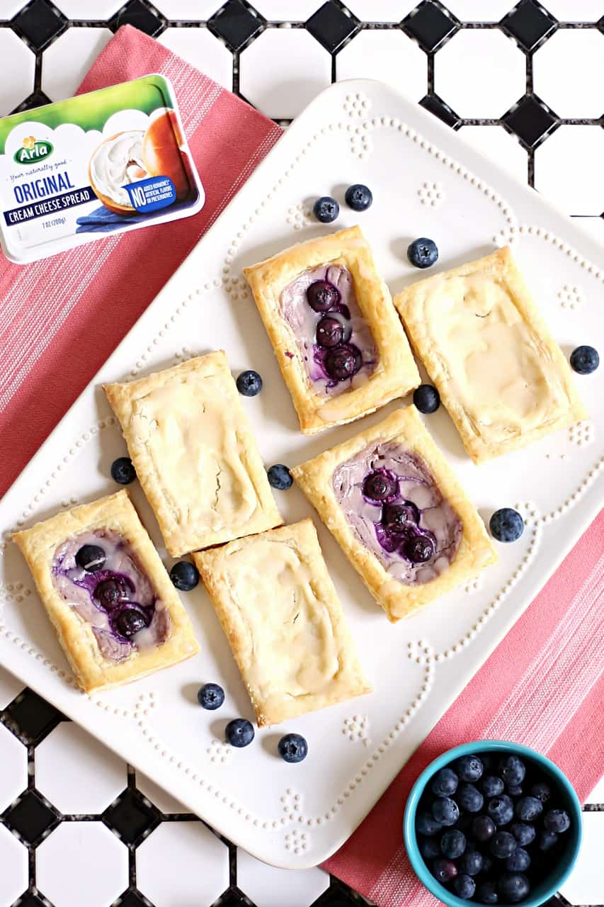 Super Easy Breakfast: Cheese & Blueberry Danish with Puff Pastry (AD) @arlausa #LiveUnprocessed