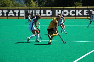 FieldHockey_06_LindseyHonkomp_Web