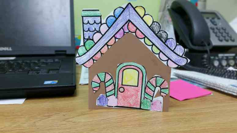 Gingerbread house card- cute idea for a writing activity around the holidays