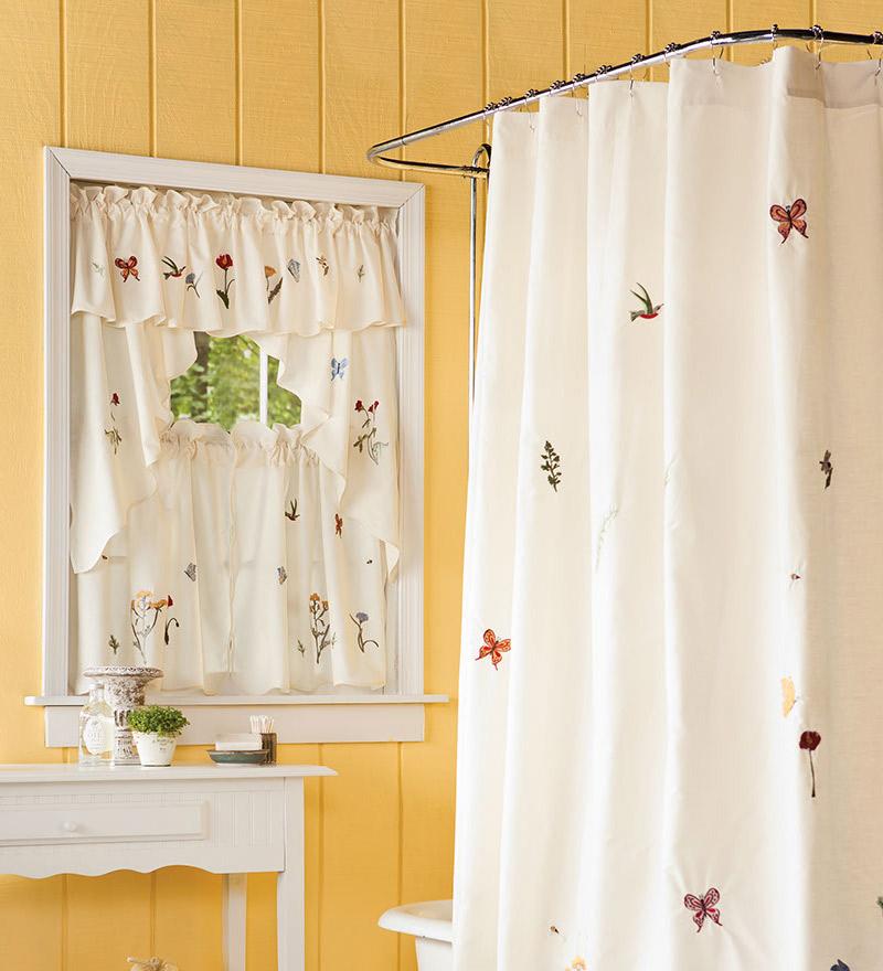 curtain ideas for small bathroom window