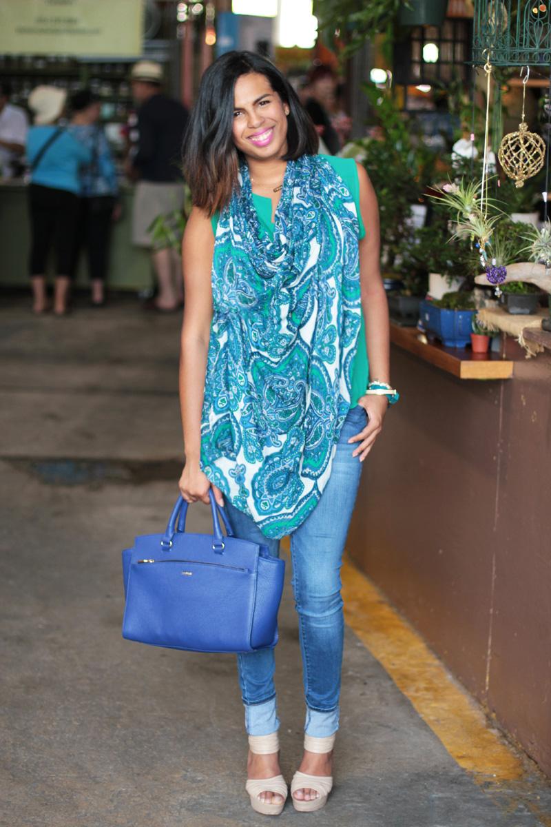 Wearing Uniqlo Skinny, Prune Handbag, Ann Taylor Loft Scarf, Forever 21 Shirt (similar) & Modern Vintage wedges (similar)