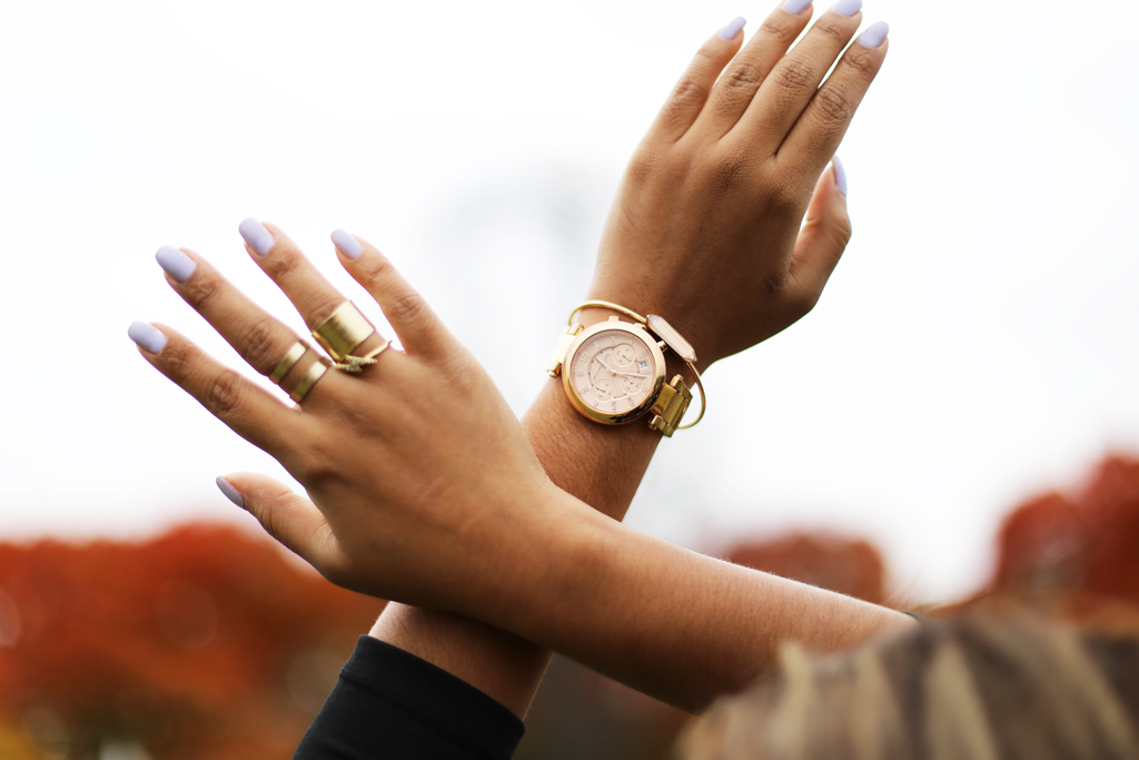 The accesories: Michael kors Rose Gold Watch, Quartz Bracelet, band rings & lightning ring