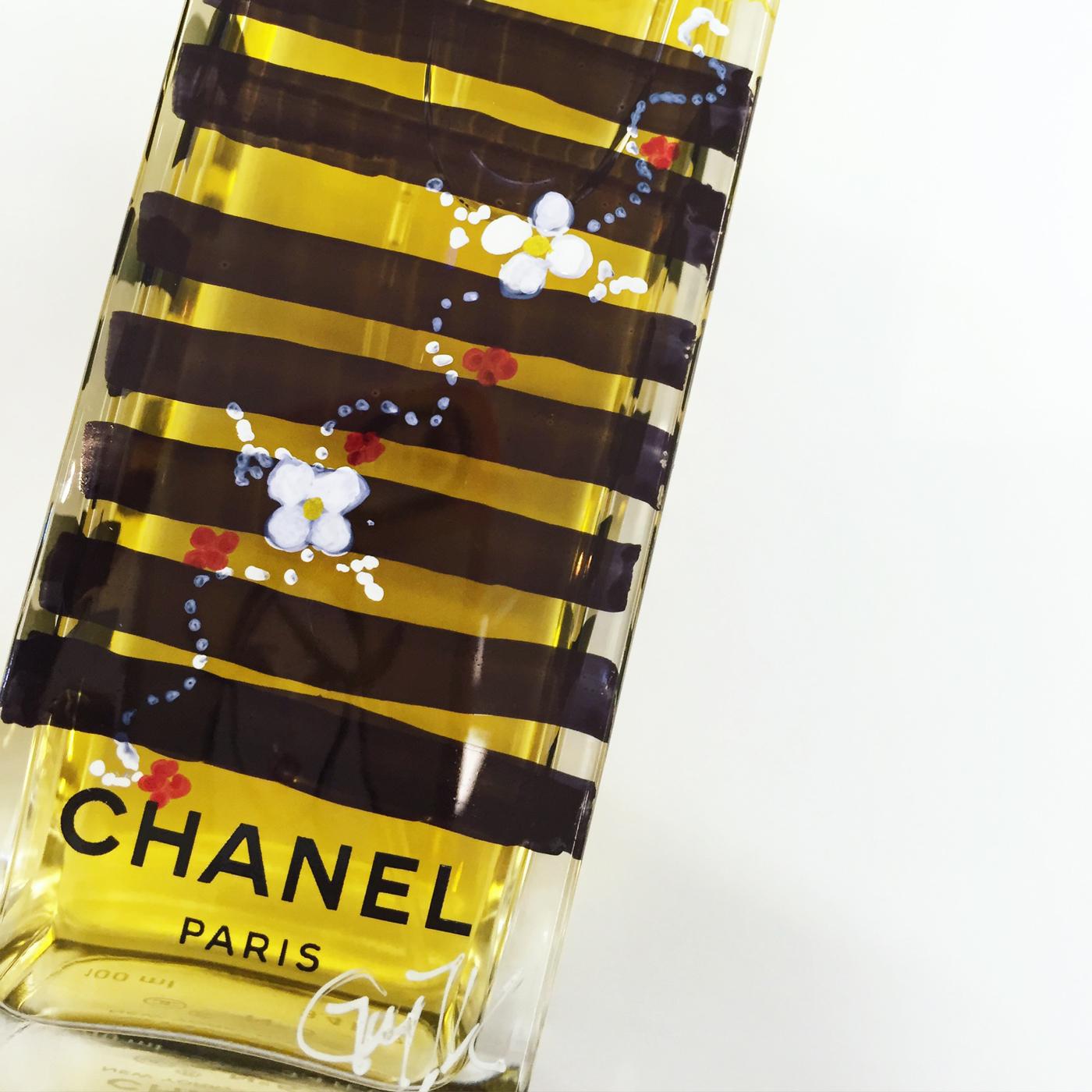 TAOS-Chanel-no5-illustration-bottle