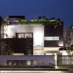 Modern Contemporary Residence